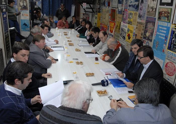 Bolsa de Trabajo: se firmó un acuerdo con las Cooperativas Eléctricas