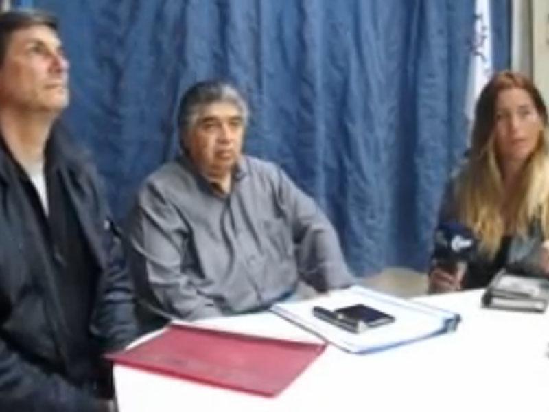 Firma del acuerdo con las Cooperativas Eléctricas