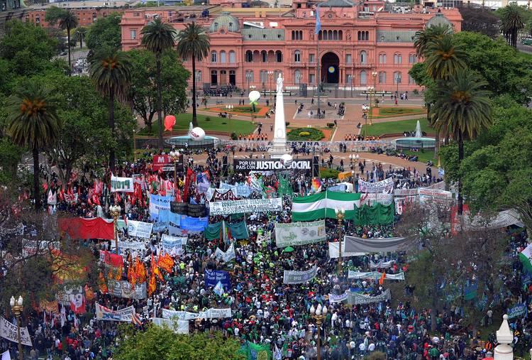 La CTA y la Multisectorial marcharon a Plaza de Mayo: ¡Basta de represión! ¡Fuera Chevron de la Argentina!