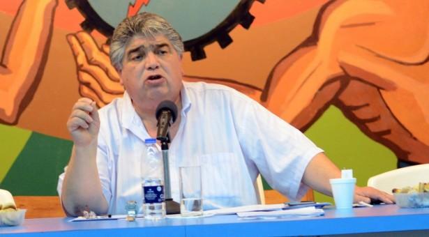"""José Rigane: """"Necesitamos un Estado fuerte, que planifique y garantice el sistema energético nacional"""""""
