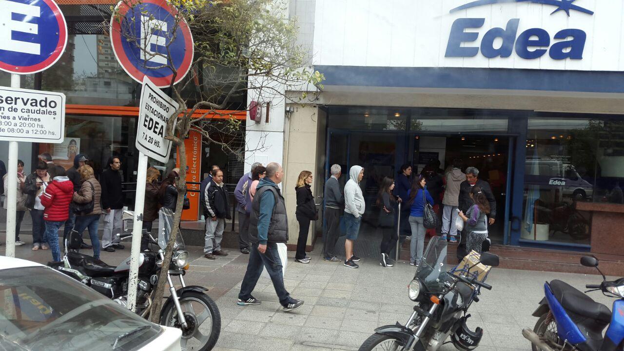 Un sólo centro de atención para más de 500 mil usuarios: EDEA S.A. tiene cautivos a usuarios y trabajadores