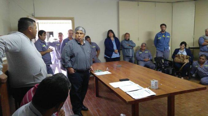GRAN TRIUNFO EN CLyFEMA: 6 ingresos a planta permanente compra de materiales, reparación de vehículos y entrega de ropa de trabajo