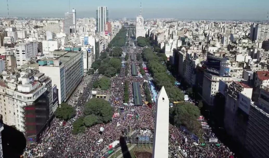 25 DE MAYO: FUERA EL FMI, ABAJO EL AJUSTE Y LA REFORMA LABORAL
